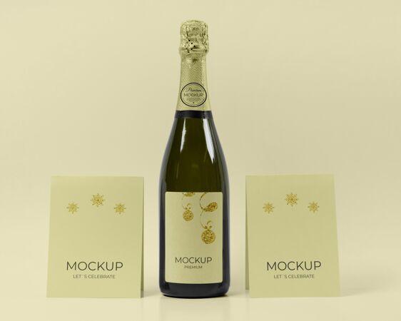 香槟瓶模型让我们庆祝卡片